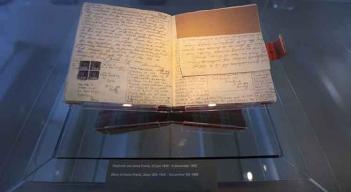 Diario-de-Anne-Frank-Original-1024x682 Imagem Cedida pelo Museu – Fotógrafo Cris Toala Olivares