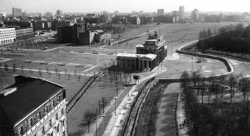 brandenburgertor1976_c_Landesarchiv-Berlin