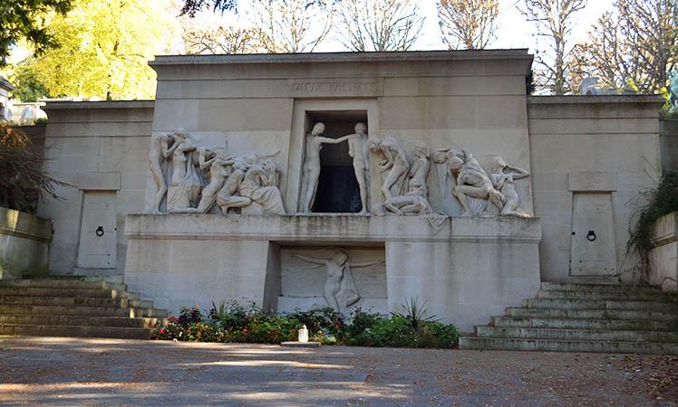 Cemitério Père-Lachaise: um museu a céu aberto