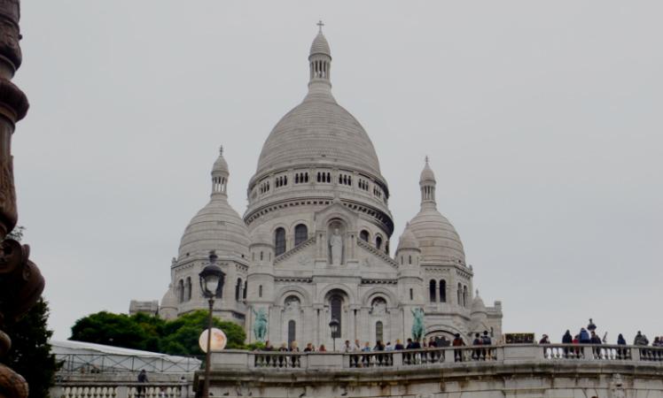 Basílica de Sacré Coeur, imponente e sagrada